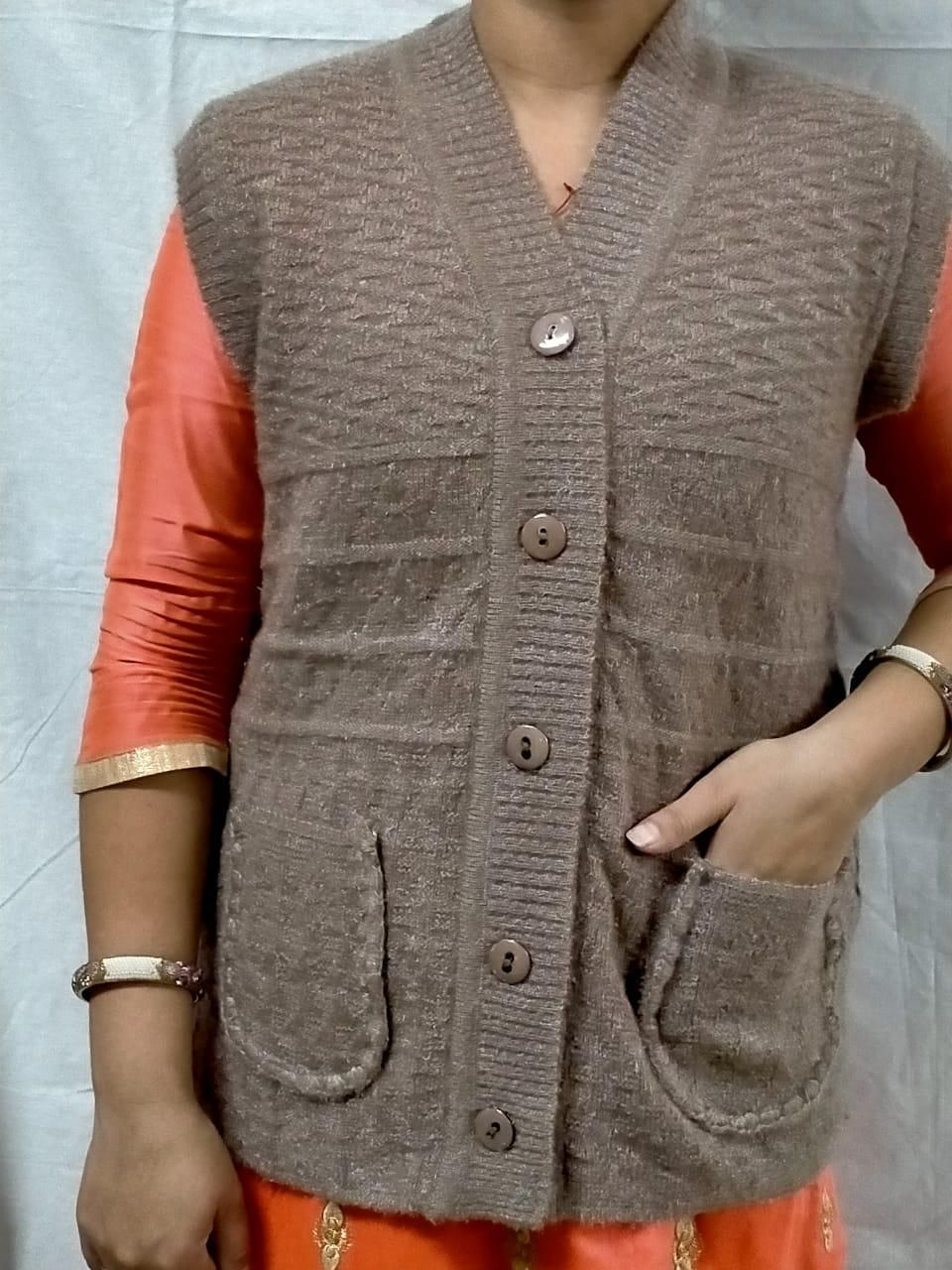 Women's Wool Solid Cardigans